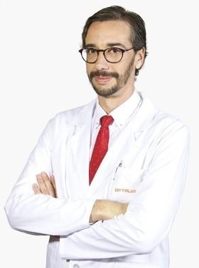 Roberto Gallego-Pinazo, MD, PhD, Clínica Oftalvist, Valencia and Madrid, Spain.